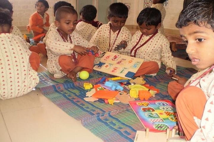 Isha Vidhya Matriculation Higher Secondary School-Art and Craft