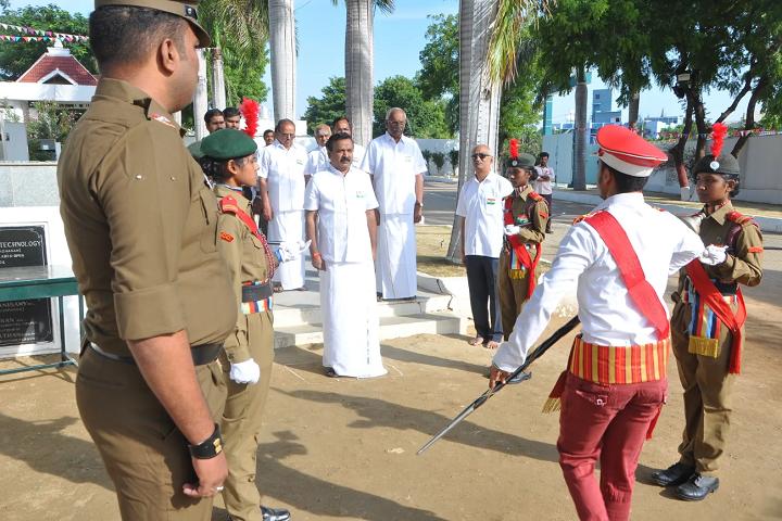 Vivekananda Vidyalaya Matric Higher Secondary School-Republic Day