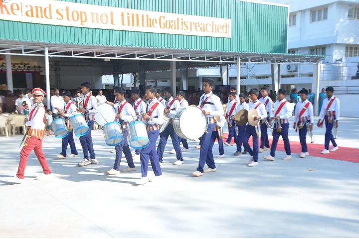 Vivekananda Vidyalaya Matric Higher Secondary School-School Band