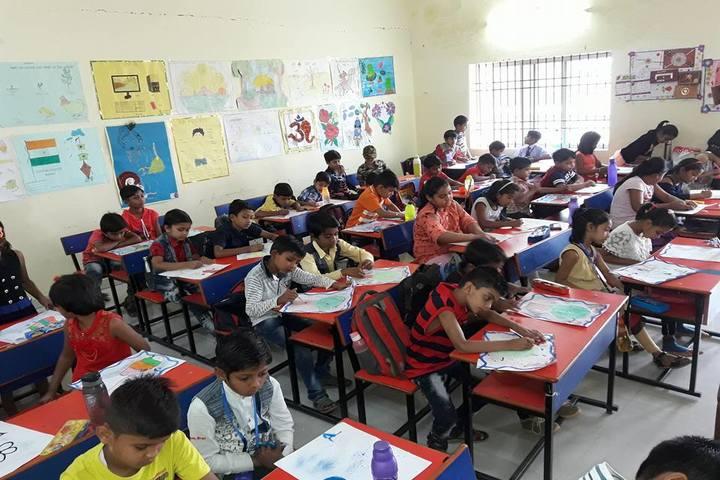 Krishna Public school-KG classroom