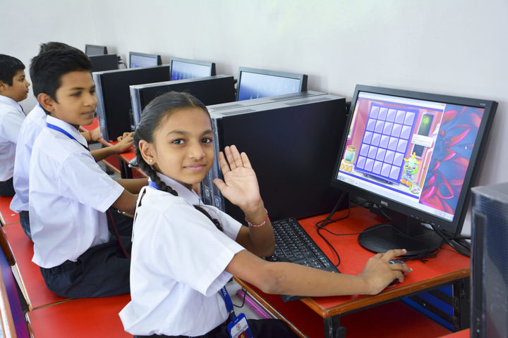 KRISHNA PUBLIC SCHOOL,PULGAON, DURG-computer lab