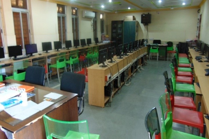 Mar Gregorious Memorial Senior Secondary School-Computer lab