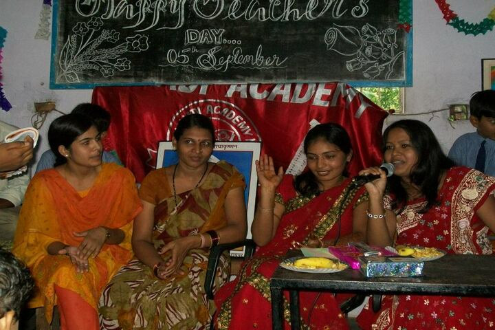 Mahanadi Academy-Teachers day