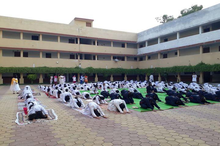 Maitri Vidya Niketan-yoga