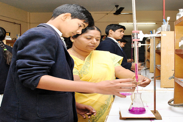 Mar Baselious Vidya Bhawan-Chemistry Lab