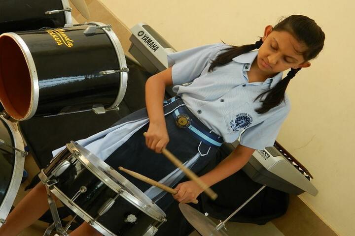 Mayoor School-music