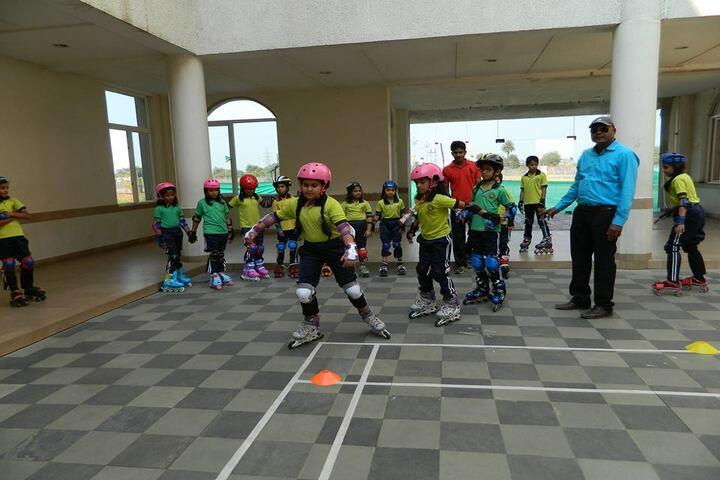 Mayoor School-skating