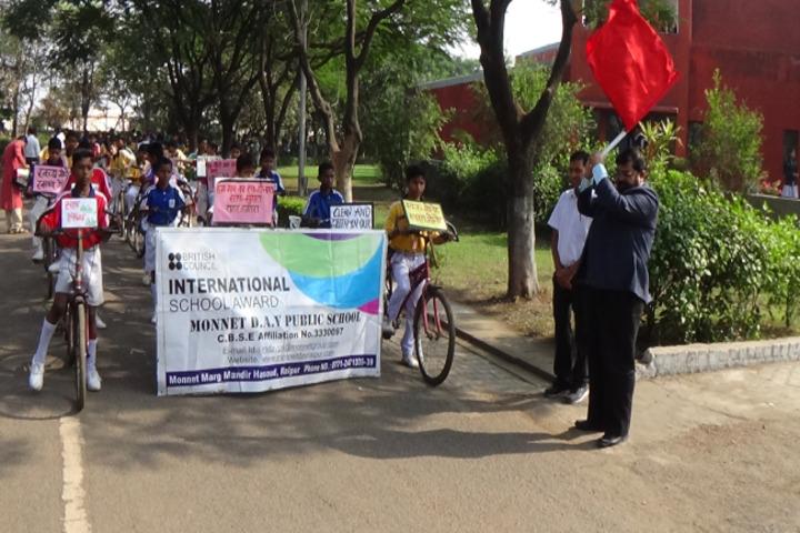 Monnet DAV public school-cyclying