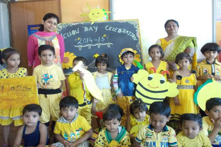 National Convent School-yellow day