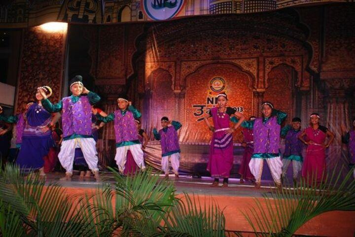 Neeraj Public School-fest