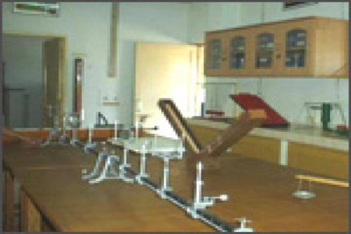 Saint Harkewal Vidyapeeth High School-Physics Lab