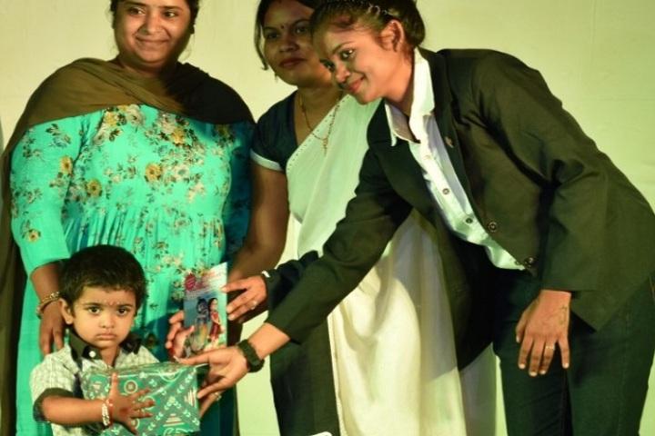 Sanskar The Gurukul-Gift presentation