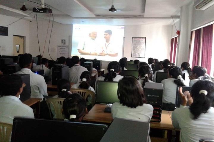 Sharda Vidyalaya-Computer Lab