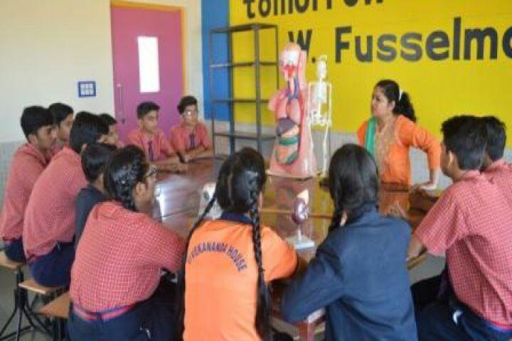Shri Rawatpura Sarkar International School-Science Lab