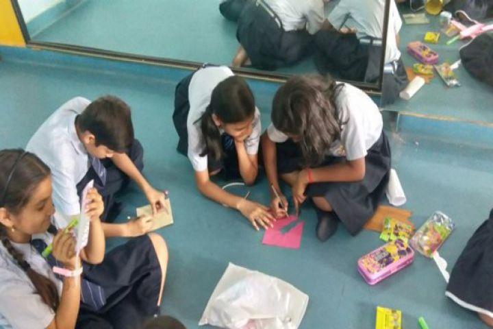 Shri Rawatpura Sarkar International School-Art room