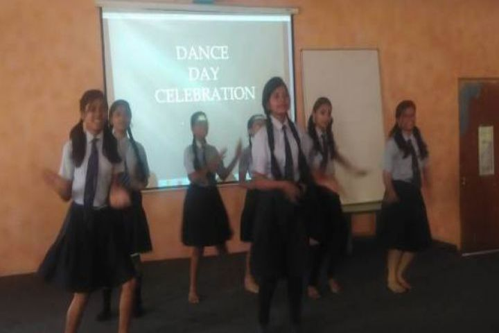 Shri Rawatpura Sarkar International School-Dance