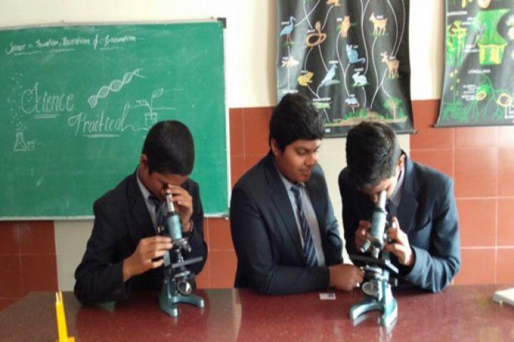 Shri Rawatpura Sarkar International School-Physics Lab