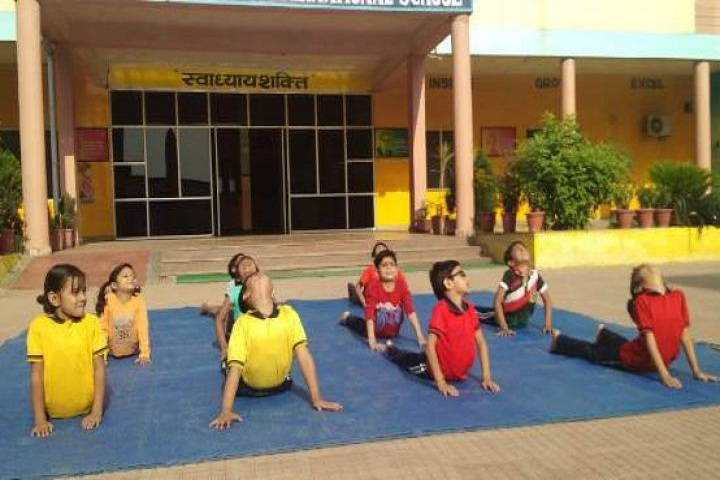 Shri Rawatpura Sarkar International School-Yoga