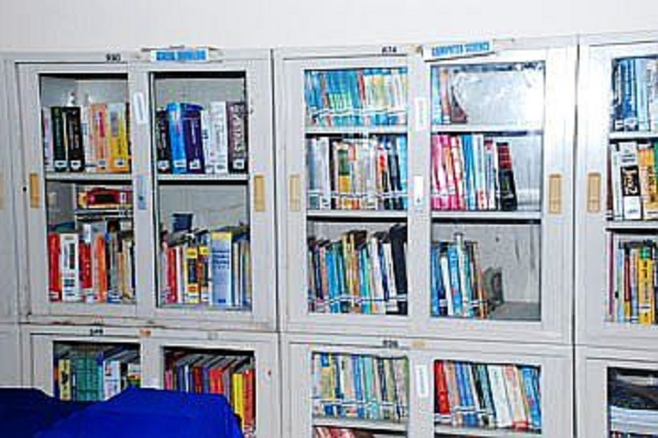 South East Central Railway Higher Secondary School No 2-Library