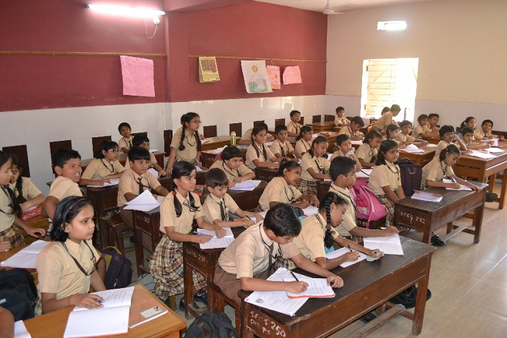 St Francis Higher Secondary School-Classroom