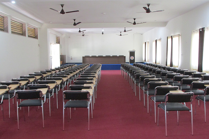 Vichakshan Jain Vidyapeeth-Conference Hall