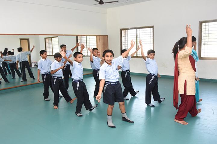 Vichakshan Jain Vidyapeeth-Dance Room
