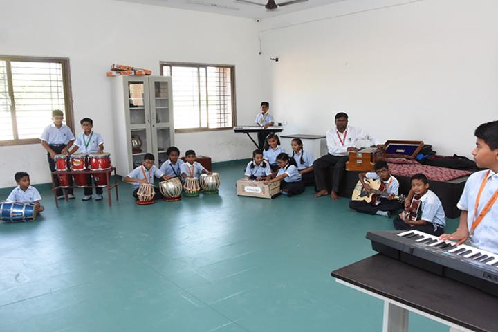 Vichakshan Jain Vidyapeeth-Music Room