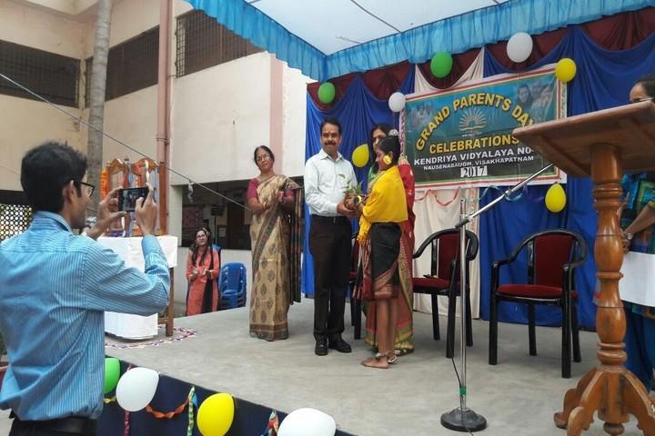 Kendriya Vidyalaya - Grand Parents Day