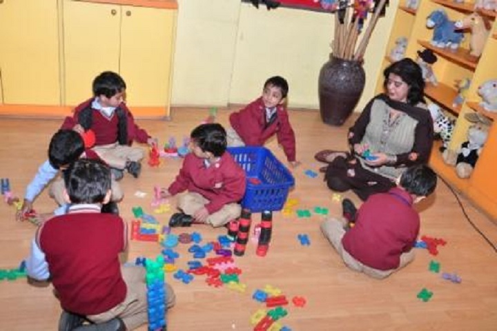 Ahlcon Public School-Tiny tots Creativity
