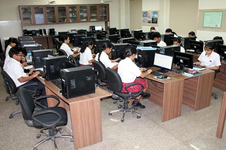 Ambience Public School-IT-Lab