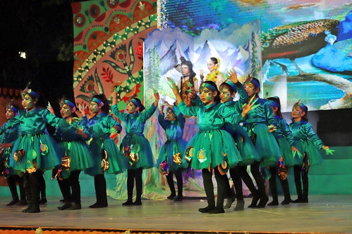 Amity International School-Dance