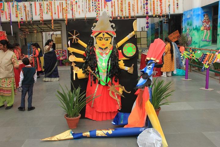 Amrita Vidyalayam-Craft Bazaar