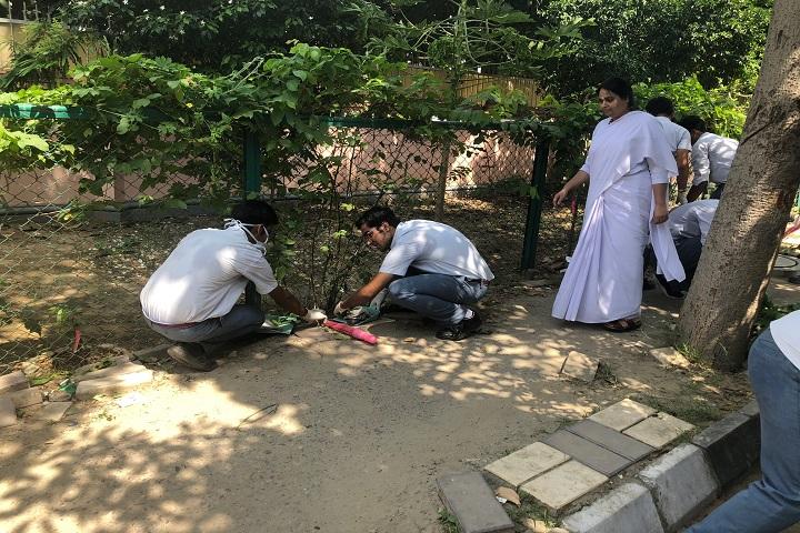 Amrita Vidyalayam-Swachhatha Ki Seva