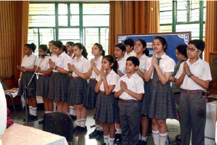 Appejay School-Singing