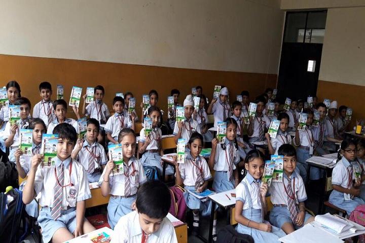 B S  International School-Class Room