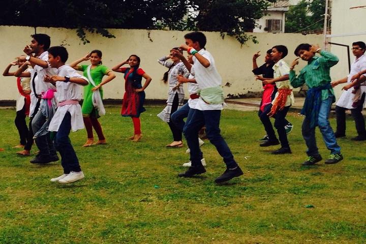 B S International School-Dance
