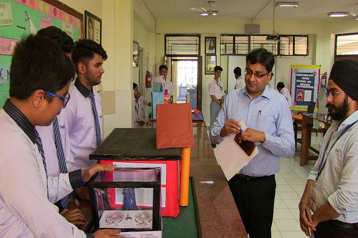 Bal Bharati Public School-Innovation fair 2