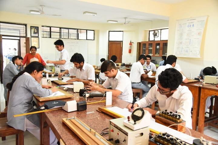 Bal Bharati Public School-Physics-Lab