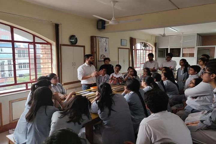 Bal Bharati Public School-Lab