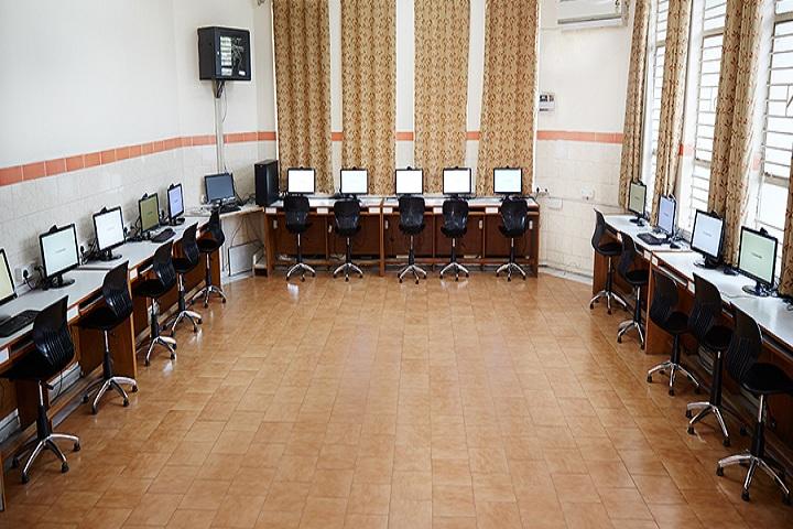 Bal Bhavan International School-Computer Lab