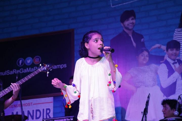 Bal Mandir Senior Secondary School-Singing Compitition