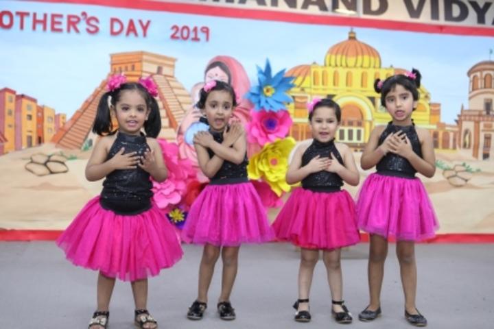 Bhai Parmanad Vidya Mandir-Dancing Activity