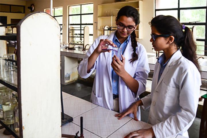 Bharat National Public School-Physics Lab