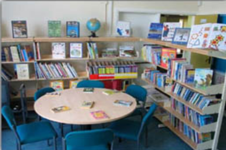 Bharat Shakti Public School-Library