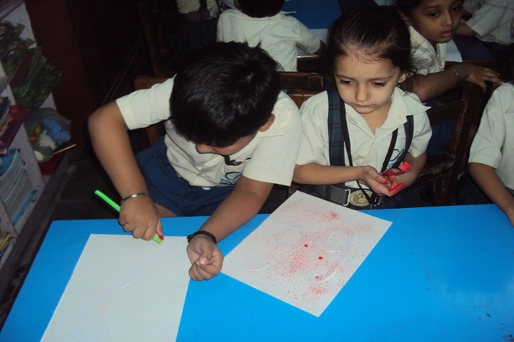 Bharti Public School-Card Making Activity