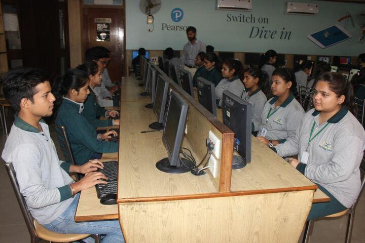 Bharti Public School-Computer Lab