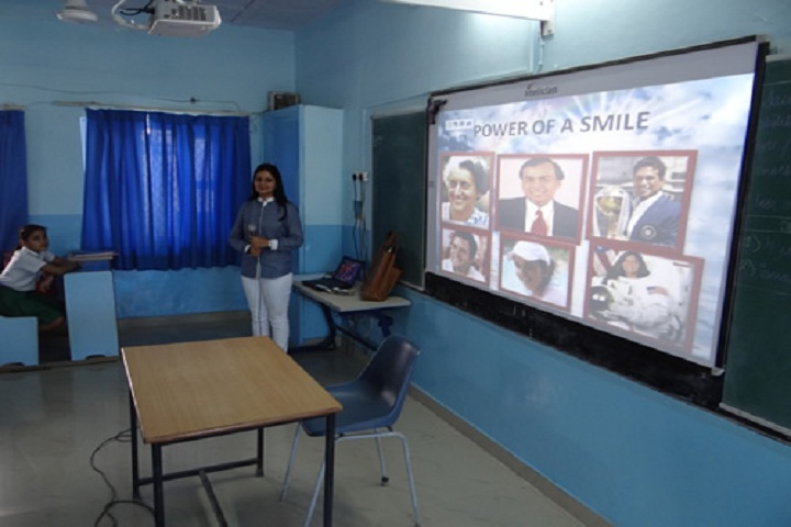 Bhatnagar International School-Smart Class Rooms