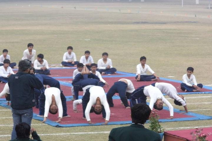 Bhavans Sawan Public School-International yoga day