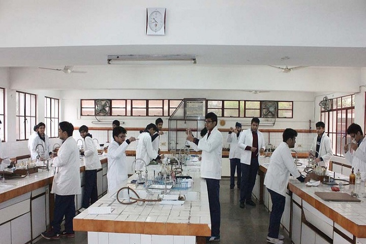 Blue Bells School International-Chemistry-Lab