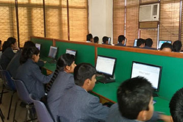 Brilliants Convent Senior Secondary School-IT-Lab